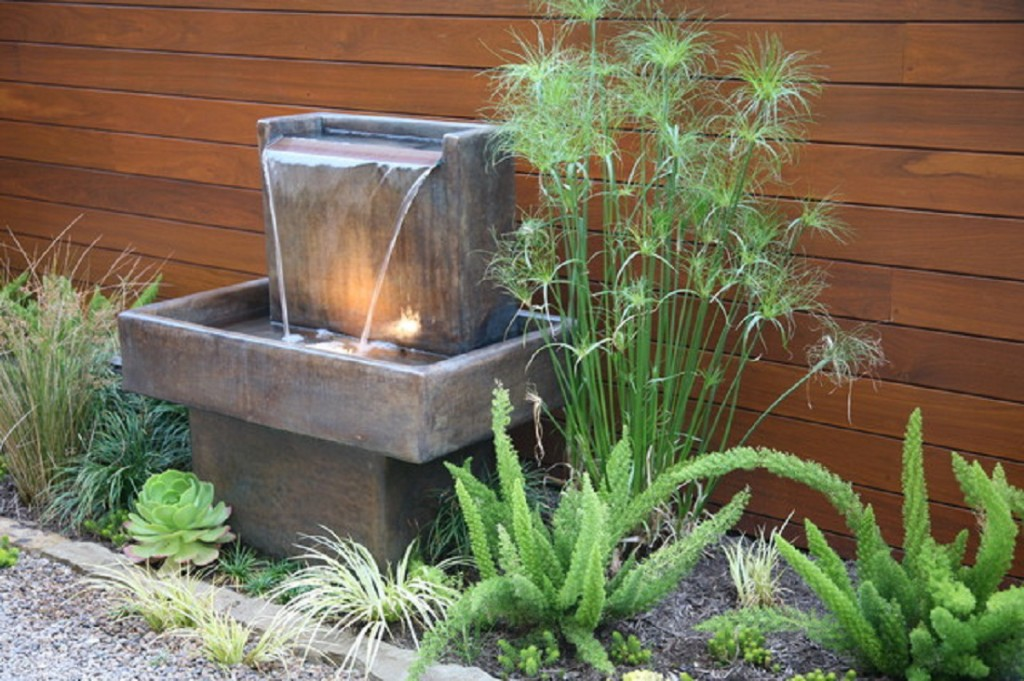 Water fountain archives ideas for garden backyard and for Backyard water feature plans